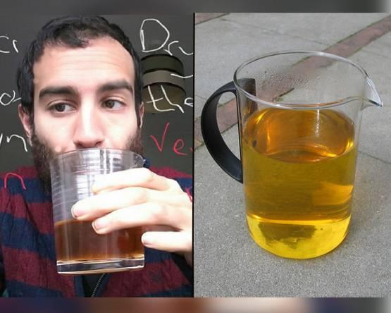 ये आदमी रोजाना पीता है अपना बासी पेशाब, कारण जानकर हो जाएंगे हैरान !