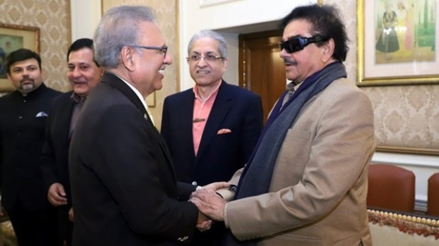 लाहौर में पाकिस्तान के राष्ट्रपति से मिले शत्रुघ्न सिन्हा, बवाल मचने पर दी सफाई