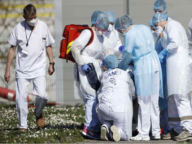 अमेरिका में कोरोना का कहर जारी, मरने वालों का आंकड़ा 95 हजार के पार