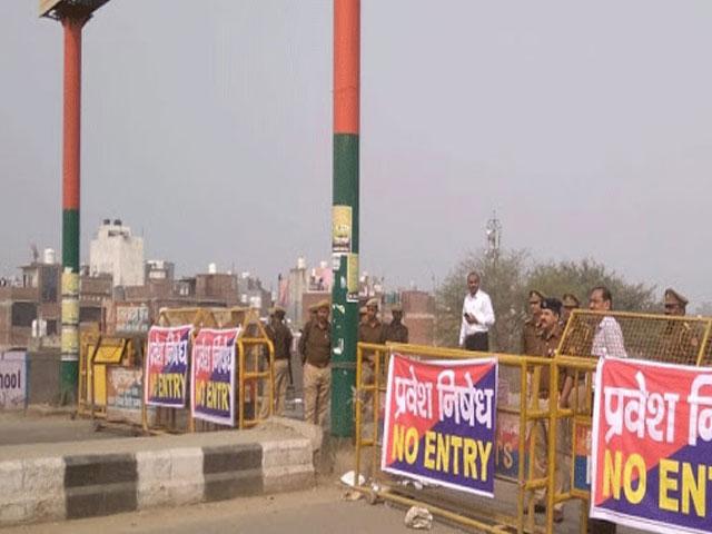 कोरोना संकट: दिल्ली-गाजियाबाद बॉर्डर किया गया सील, अब सिर्फ पास वालों को मिलेगी एंट्री