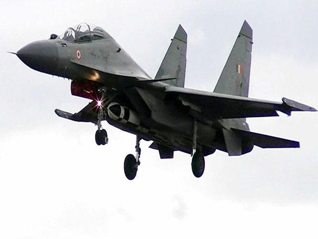 चीन के साथ तनाव के बीच मोदी सरकार ने 33 लड़ाकू विमानों को खरीदने के प्रस्ताव को दी मंजूरी