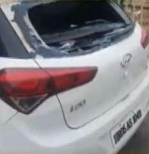 करनाल में बदमाशों ने तोड़ा गाड़ी का शीशा, 40 हजार रूपये लेकर हुए फरार