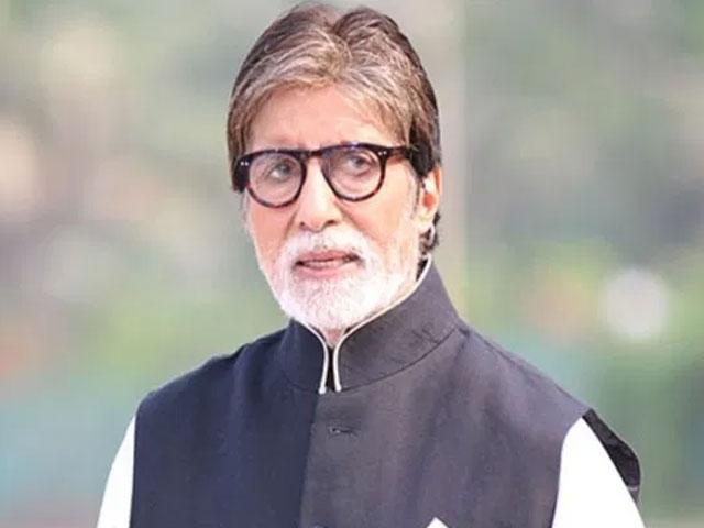 अस्पताल में कोरोना के इलाज के दौरान क्या करते थे अमिताभ बच्चन, बताई पूरी डिटेल