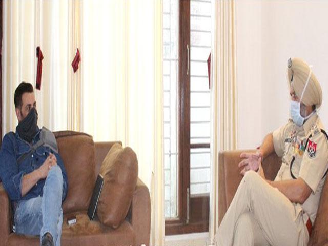 सनी देओल ने गुरदासपुर का किया दौरा, कोविड-19 तथा अन्य मुद्दों पर अधिकारियों से की चर्चा