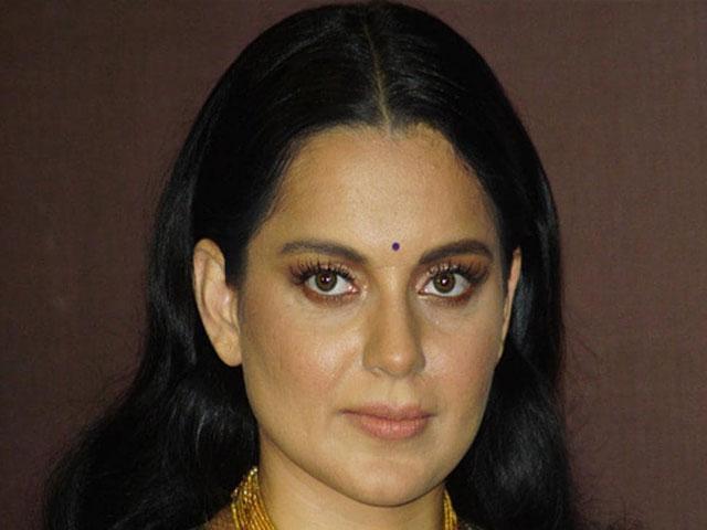 शिवसेना का कंगना और BJP पर वार, पूछा- मुंबई को पाकिस्तान कहने वाली नटी के पीछे कौन?