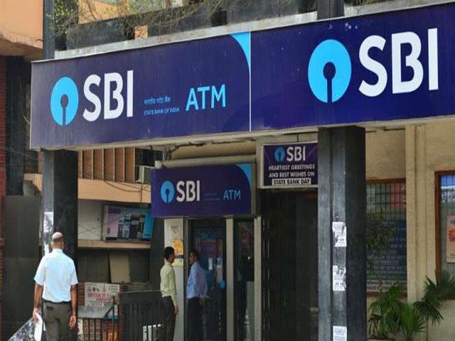 SBI ने ग्राहकों को दिया बड़ा झटका, घटाई FD की ब्याज दरें, जानें नए रेट्स