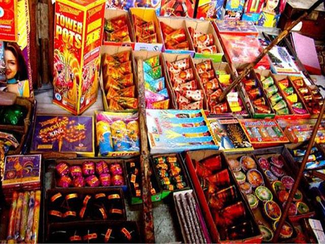 कपूरथला: घर,दुकान और भीड़भाड़ वाले इलाकों में पटाखों के भंडारण एवं बिक्री पर रोक,SDM ने दिए निर्देश
