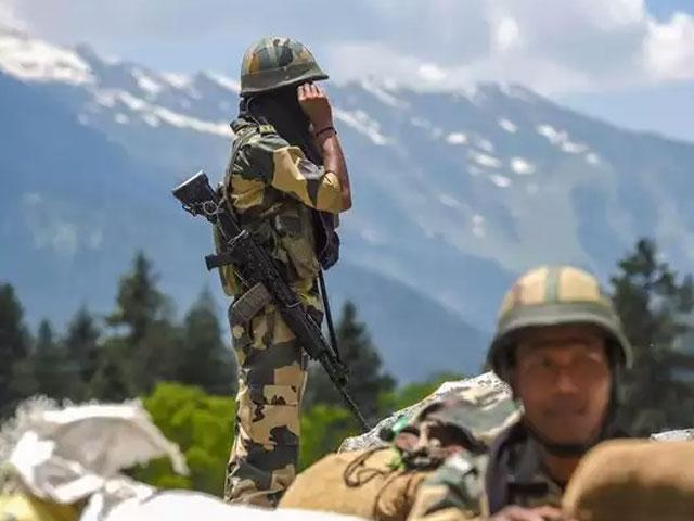 चीन ने भारतीय सेना द्वारा पकड़े गए उसके भटके हुए सैनिक को जल्द छोड़े जाने की जताई उम्मीद
