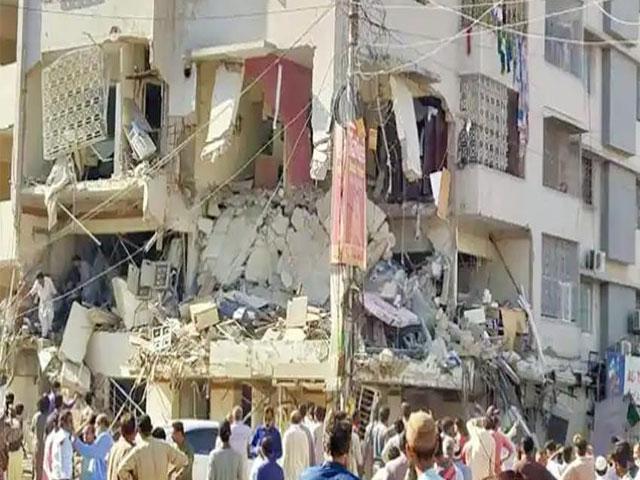 पाकिस्तान के कराची में बड़ा धमाका, 3 की मौत, कई घायल