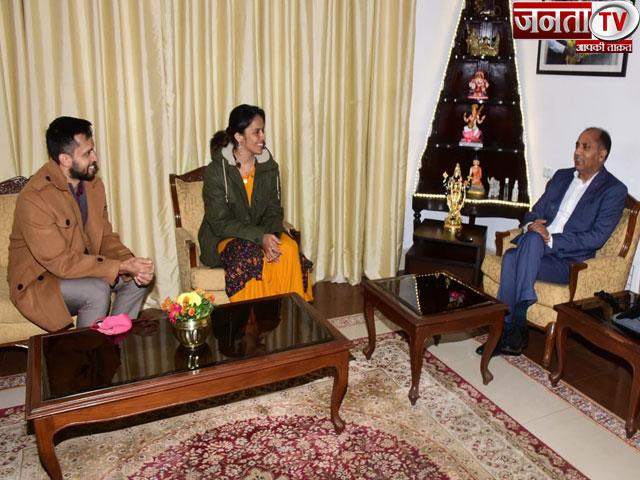 CM जयराम ठाकुर से मिलीं सायना नेहवाल, हिमाचल प्रदेश में बैडमिंटन अकादमी खोलने की जताई इच्छा