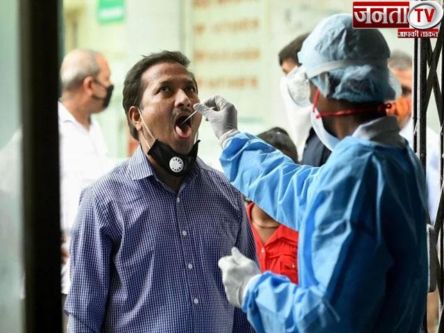 देश में बीते 24 घंटे में कोरोना के 44,376 नए केस आए सामने, कुल संक्रमितों का आंकड़ा 92 लाख के पार