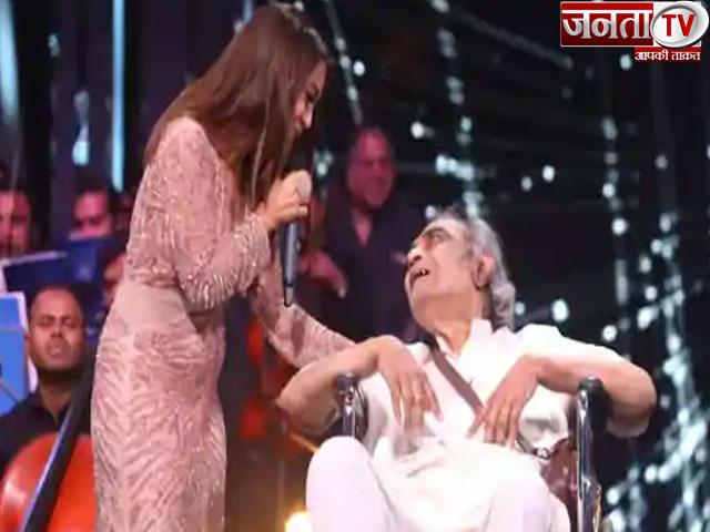 गीतकार Santosh Anand आर्थिक परेशानियों से जूझ रहे, Neha Kakkar ने की 5 लाख रुपये की मदद