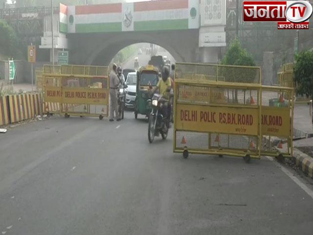 दिल्ली में वीकेंड कर्फ्यू, CM अरविंद केजरीवाल ने लोगों से दिशा निर्देशों का पालन किया आग्रह