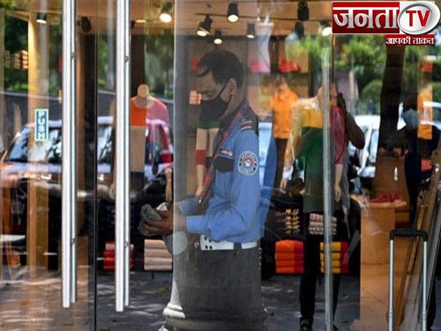 Delhi Unlock: राजधानी में आज से क्या खुलेगा और क्या रहेगा बंद, यहां जानिए सब-कुछ