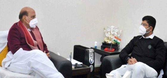 रक्षा मंत्री और नागरिक उड्डयन मंत्री से मिले दुष्यंत चौटाला, जानें किन मुद्दों  पर की चर्चा