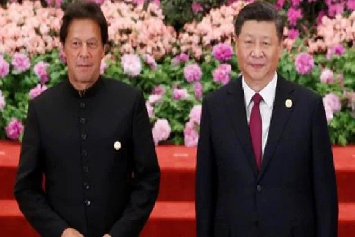 China ने PAK में चल रहे कई प्रोजेक्ट पर रोका काम, पाकिस्तानियों को नौकरी से निकाला