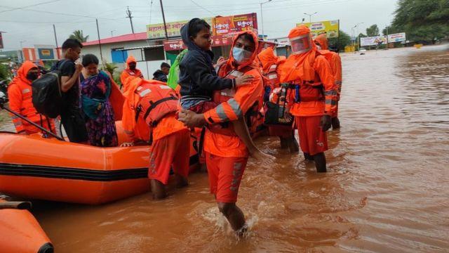 महाराष्ट्र में बारिश ने बरपाया कहर, 129 लोगों की मौत, सीएम उद्धव ठाकरे ने किया मुआवजे का ऐलान