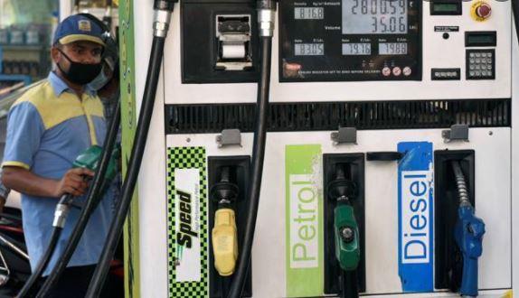 तेल कंपनियों ने जारी किए पेट्रोल-डीजल के दाम, चेक करें नए रेट