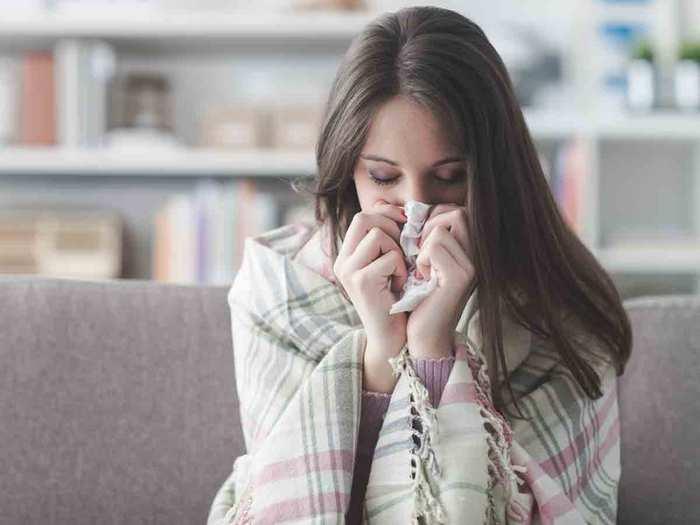 Health Care Tips: वायरल बुखार, खांसी और जुकाम की चपेट में आ रहे लोग, ऐसे रखें सेहत का ध्यान