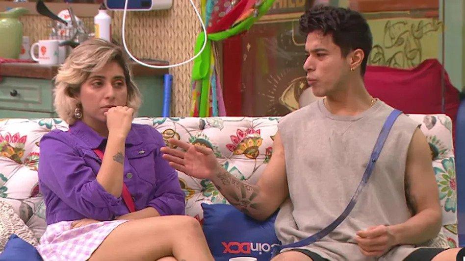 Bigg Boss OTT: Neha Bhasin और Prateek Sahajpal के बीच हुई हाथापाई, देखें वीडियो