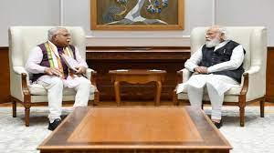 हरियाणा CM मनोहर लाल ने PM मोदी से की मुलाकात, किसान आंदोलन समेत कई मुद्दों पर की चर्चा?h=220&mode=max