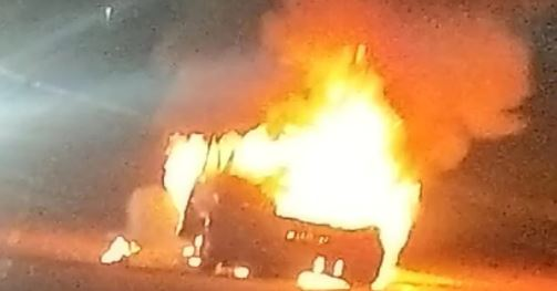 हैदराबाद में बड़ा हादसा: चलती कार में आग लगने से डॉक्टर की जिंदा जलकर मौत
