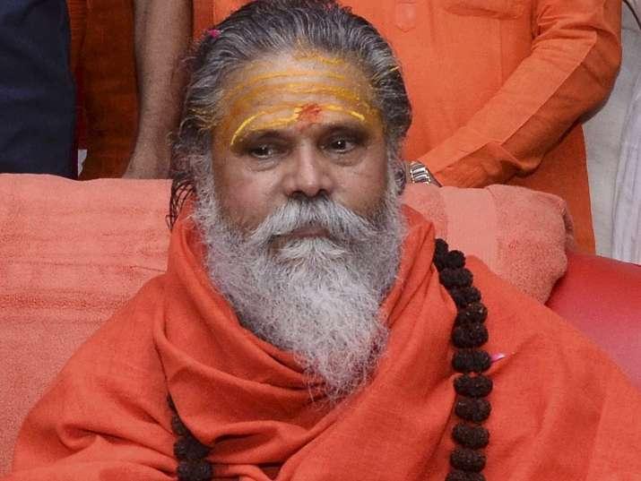 Narendra Giri Death Case: आनंद के बाद बेटे समेत हिरासत में लिए गए लेटे हनुमान मंदिर के पुजारी