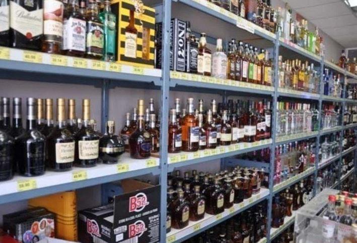 दिल्ली में कल से 45 दिन बंद रहेंगी शराब की प्राइवेट दुकानें, क्या हैं नए नियम