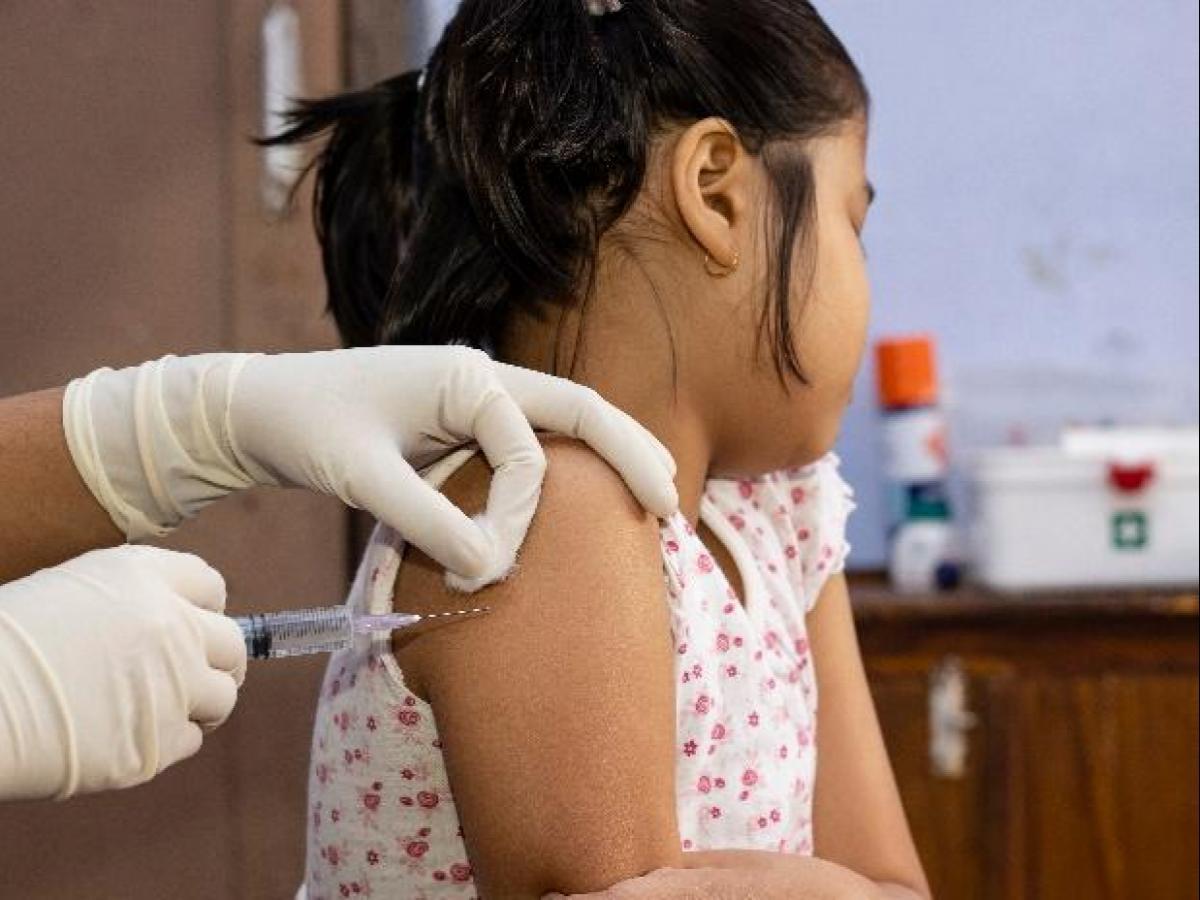 Covid Vaccine:  2 साल से 18 साल के बच्चों को Covaxin लगाने की मिली मंजूरी, जल्द जारी होगी गाइडलाइंस