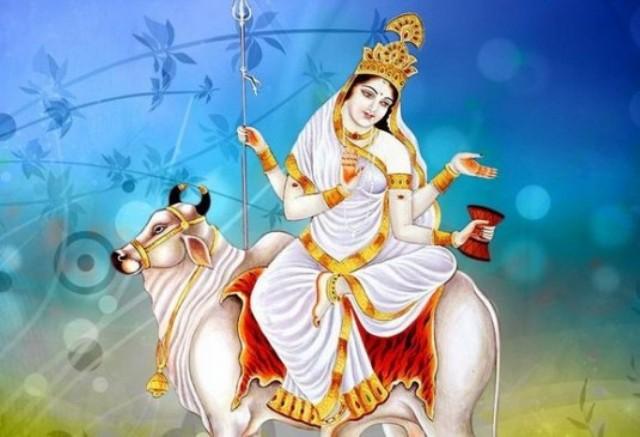 Maha Ashtami: जानिए मां गौरी के रूप की महिमा, माता की पूजा से होंगे ये लाभ