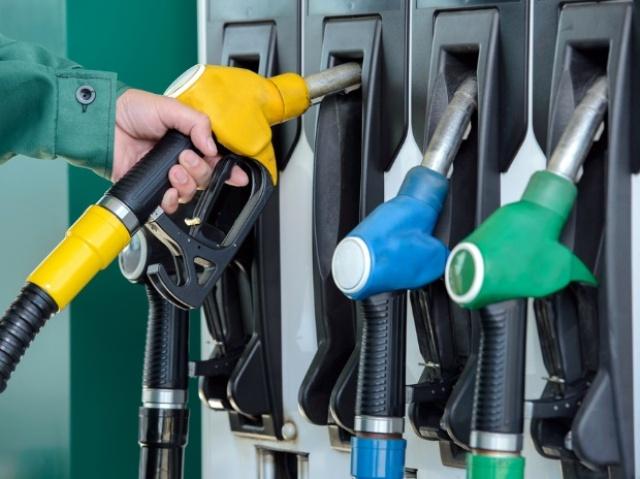 Petrol Diesel Today Price: लोगों पर महंगाई की मार, जानें किस शहर में  कितने बढ़े पेट्रोल-डीजल के दाम