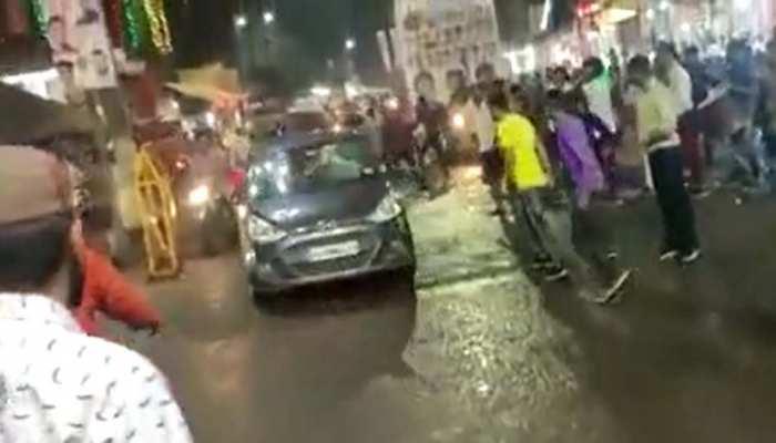 MP: लखीमपुर और छत्तीसगढ़ के बाद एक बार फिर भोपाल में सनकी कार ने भीड़ को कुचला, कई लोग घायल