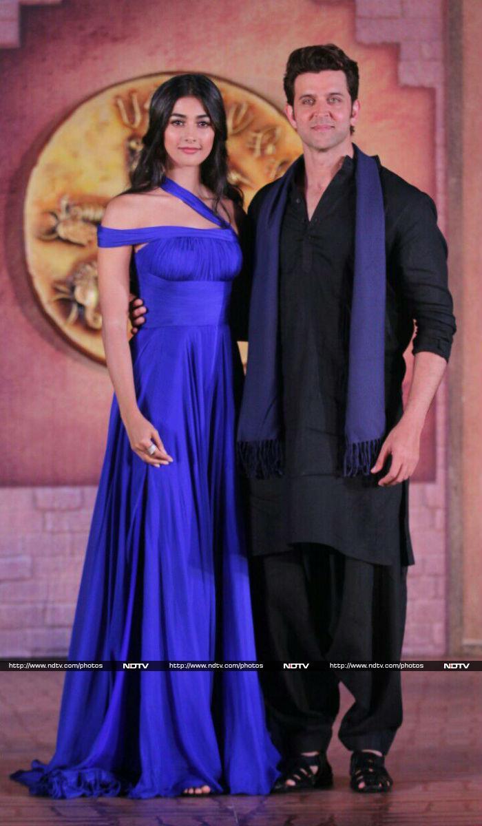 कुछ ही देर बाद पूजा ने अपनी ड्रेस चेंज कर ली। फोटो: संतोष नागवेकर
