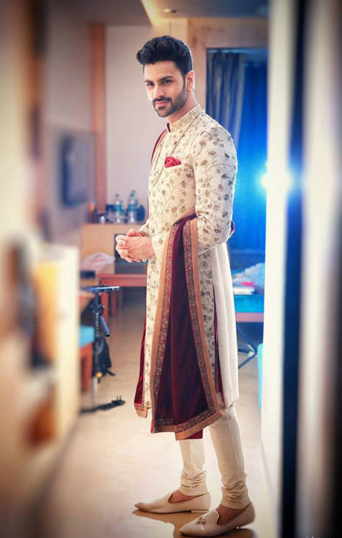 Vivek looked handsome in a sherwani.