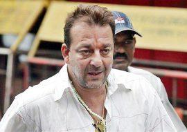 संजय दत्त का जन्म 29 जुलाई, 1959 को हुआ. 1993 के मुम्बई सीरियल ब्लास्ट में दोषी पाए जाने के बाद संजय