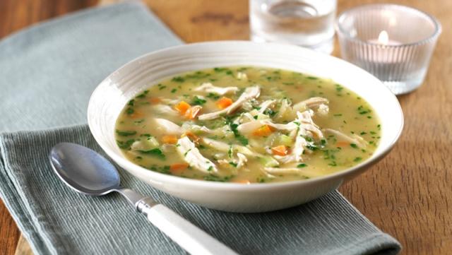 सूप शरीर में पोषक तत्वों की कमी को पूरा करता है, साथ ही शरीर में गर्माहट पैदा करता है