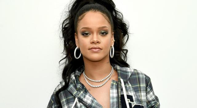 नंबर 4 पर है रिहाना (Rihanna) जिनके 90.9 मिलियन Followers है।