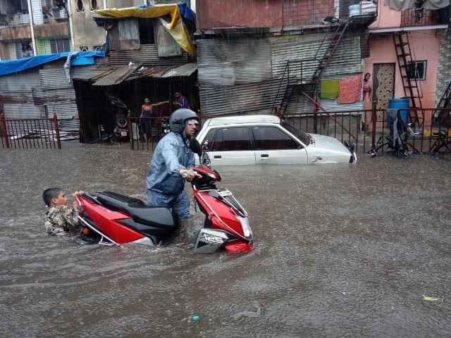 बारिश ने तोड़ा पिछले दो दशक का रिकॉर्ड