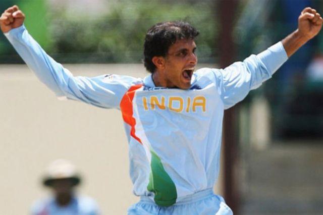 11 जनवरी 1992 में सौरव गांगुली ने भारतीय टीम में डेब्यू किया, लेकिन 4 साल बाद खेलने का मौका मिला