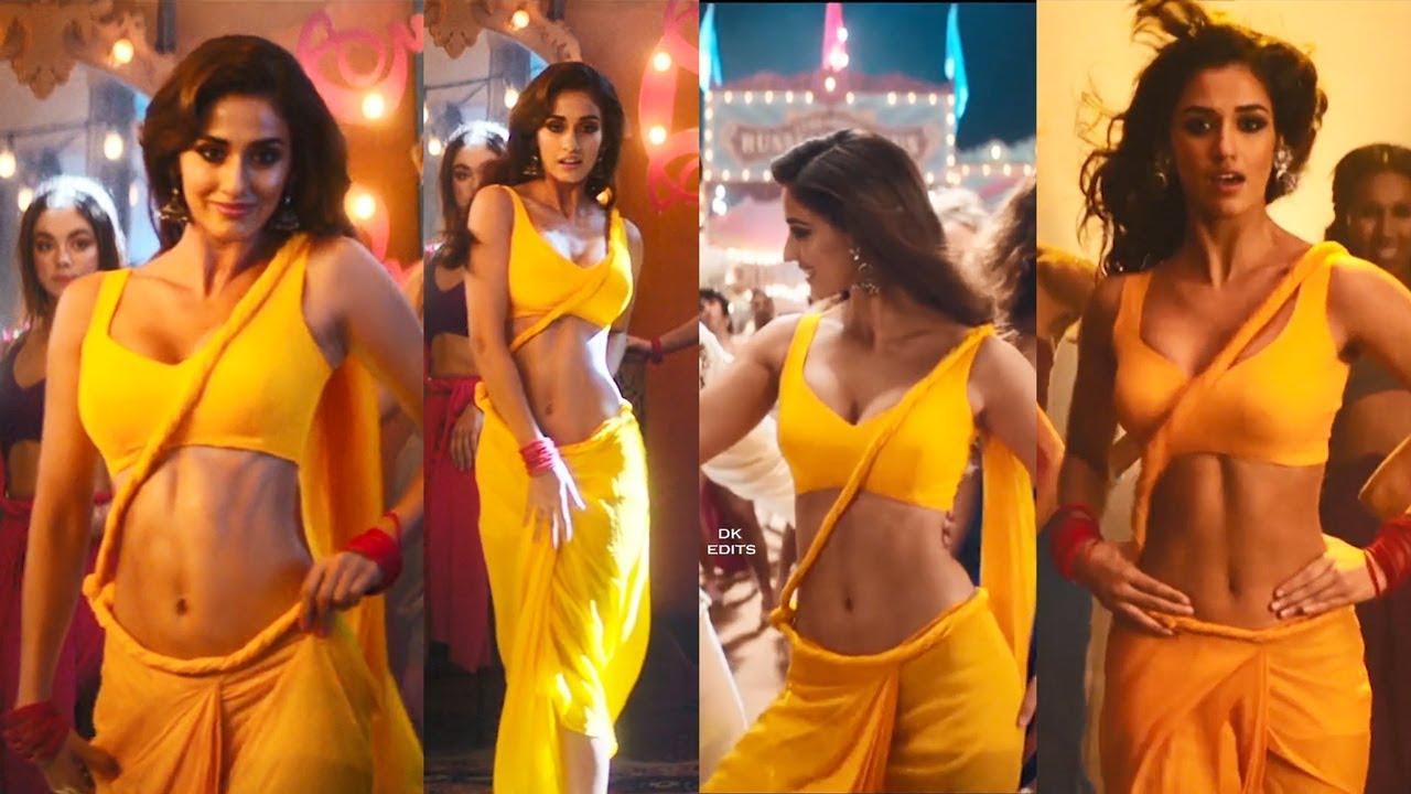 दिशा पटानी ने वरुण तेज के साथ एक तेलुगु फिल्म लोफर से फिल्मोंध की शुरुआत