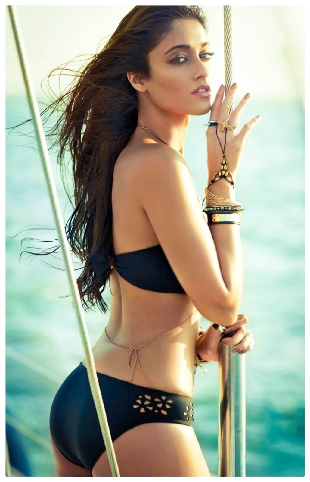 साल 2012 में आई फिल्म बर्फी से Ileana बॉलीवुड में कदम रख।