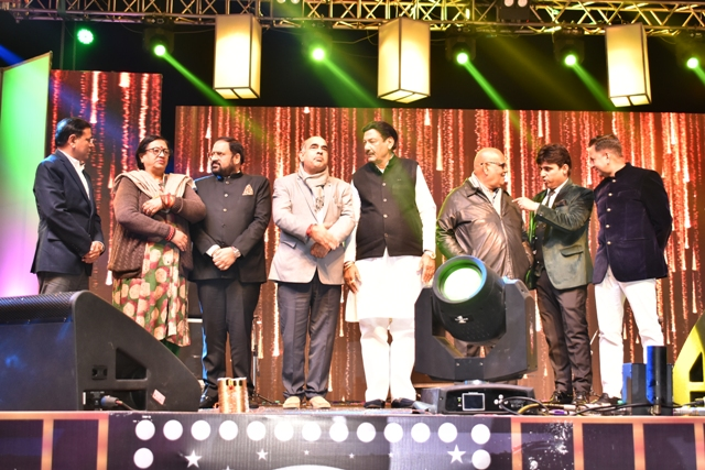 हरियाणा में पहली बार फिल्म-म्यूजिक अवॉर्ड शो का आयोजन, बॉलीवुड की हस्तियों ने की शिरकत