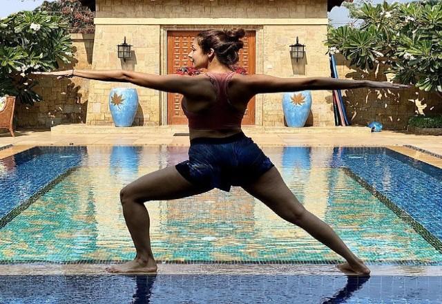 Malaika Arora ने शेयर की वैकेशन से खूबसूरत तस्वीरें, फैंस ने कहा 'हॉट-हॉट... सुपरहॉट'