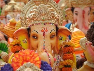 Ganesh Chaturthi Wishes 2021: गणेश चतुर्थी पर इन मैसेज के साथ दें अपने परिजनों को शुभकामनाएं