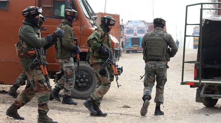JK: Anantnag में 3 आतंकी ढेर, महीने भर में मार गिराए 38 दहशतगर्द